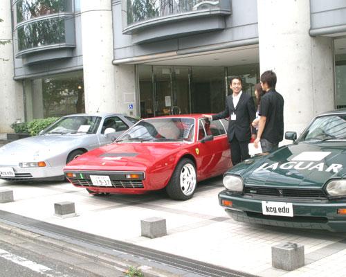 昔のポルシェ,ルマンに出走したフェラーリ,TWRのジャガーです