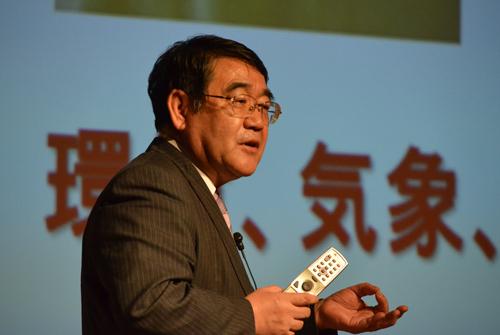 スーパーコンピュータ「京」の開発について熱い思いを語る追永勇次氏