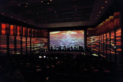 CG投影が生み出す立体的な映像空間